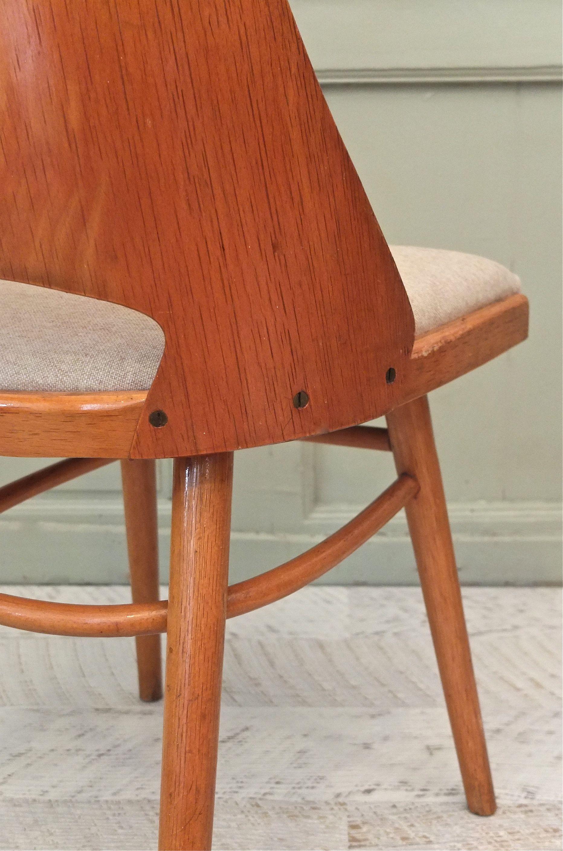 slavia vintage mobilier vintage lot de 2 chaises ton. Black Bedroom Furniture Sets. Home Design Ideas