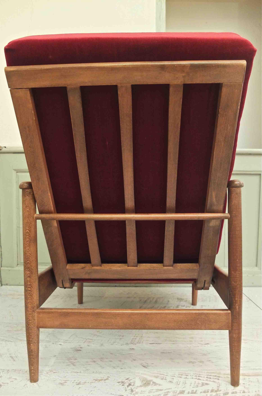slavia vintage mobilier vintage fauteuil des ann es 50 winnipeg. Black Bedroom Furniture Sets. Home Design Ideas