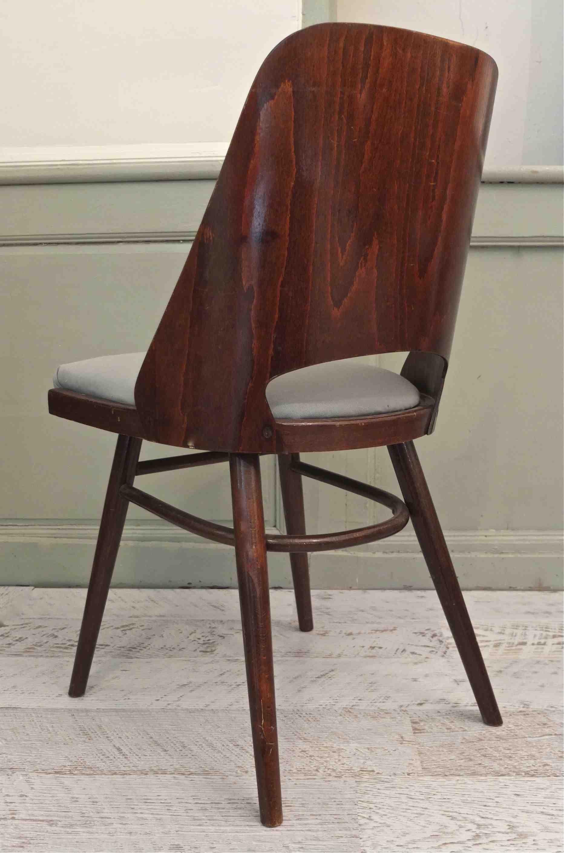 Slavia vintage mobilier vintage chaise en bois courb l 39 assise gris - L assise d une chaise ...