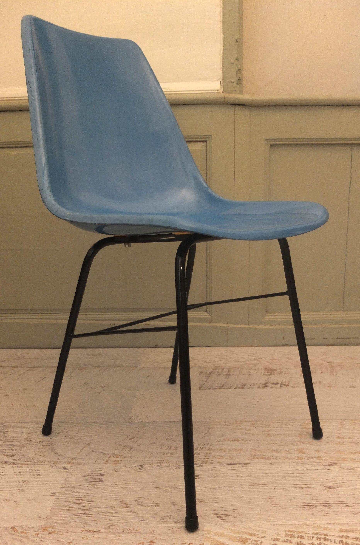 slavia vintage mobilier vintage chaise en fibre de type eames tram. Black Bedroom Furniture Sets. Home Design Ideas