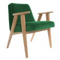 """fauteuil """"366"""" Jozef chierowski - 366 concept - """"velvet""""  velours vert bouteille - teinte chêne foncé - design polonais"""