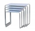 Table gigogne fonctionnaliste R8