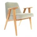 """fauteuil 366 Jozef Chierowski - 366 Concept  - """"Velvet"""" - velours  gris perle teinte chêne - design polonais"""