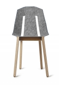 tabanda - design polonais - chaise Felt Diago - feutre/bleu gris