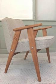 """fauteuil 366  - Jozef Chierowski  - 366 Concept -  """"tweed""""  BEIGE piètement teinte chêne foncé"""