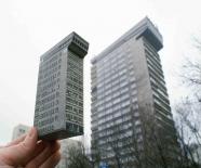 """zupagrafika - Bloc de l'Est - maquette """"Smolna 8""""  - graphisme polonais"""