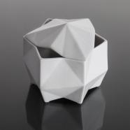 design tchèque - sucrier en porcelaine aux lignes néo-cubistes du studio vjemy