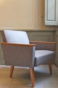 "fauteuil midcentury  retapissé -  gris clair ""Kongress"""