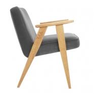"""fauteuil 366 Jozef Chierowski - 366 Concept """"Velvet"""" - velours gris graphite teinte chêne - design polonais"""
