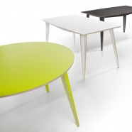 Tabanda - Table Maciek - design polonais (2 formes - 5 teintes disponibles - 2 dimensions)