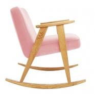 """rocking chair """"366"""" - Jozef Chierowski- 366 concept -  """"Velvet"""" velours rose poudré teinte chêne - design polonais"""
