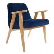 """fauteuil """"366"""" Jozef Chierowski - 366 Concept  - """"Velvet"""" - velours  indigo teinte chêne - design polonais"""