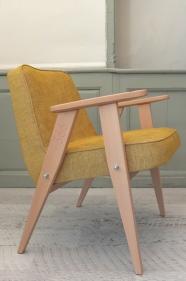 """fauteuil """"366"""" Jozef Chierowski - 366 Concept - """"Loft """"  MOUTARDE teinte chêne clair"""