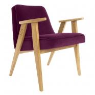 """fauteuil """"366"""" Jozef Chierowski - 366 concept - """"velvet""""  velours aubergine - teinte chêne - design polonais"""