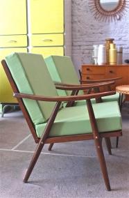 """Lot de 2 fauteuils de style moderniste """"Bocachica"""""""