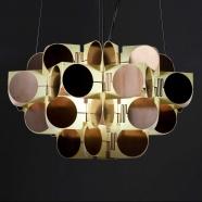 design tchèque - lampe d'inspiration rondocubiste du studio vjemy