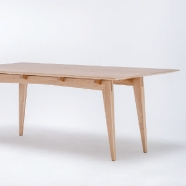 design polonais - table Tamaza (5 teintes disponibles) - St Furniture