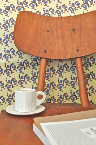 chaise Ton mid-century Air Slavia Vintage