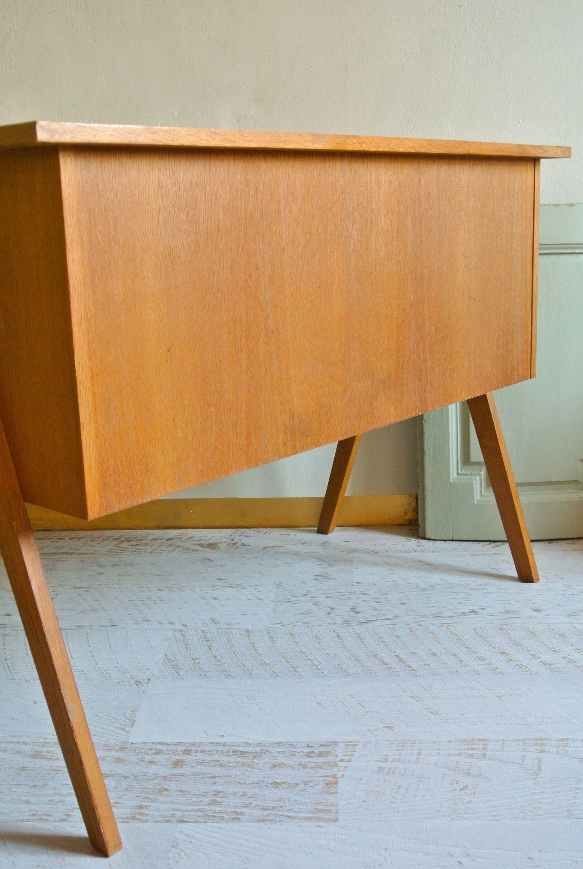 slavia vintage mobilier vintage bureau moderniste yougoslave des ann es 50 architekt. Black Bedroom Furniture Sets. Home Design Ideas